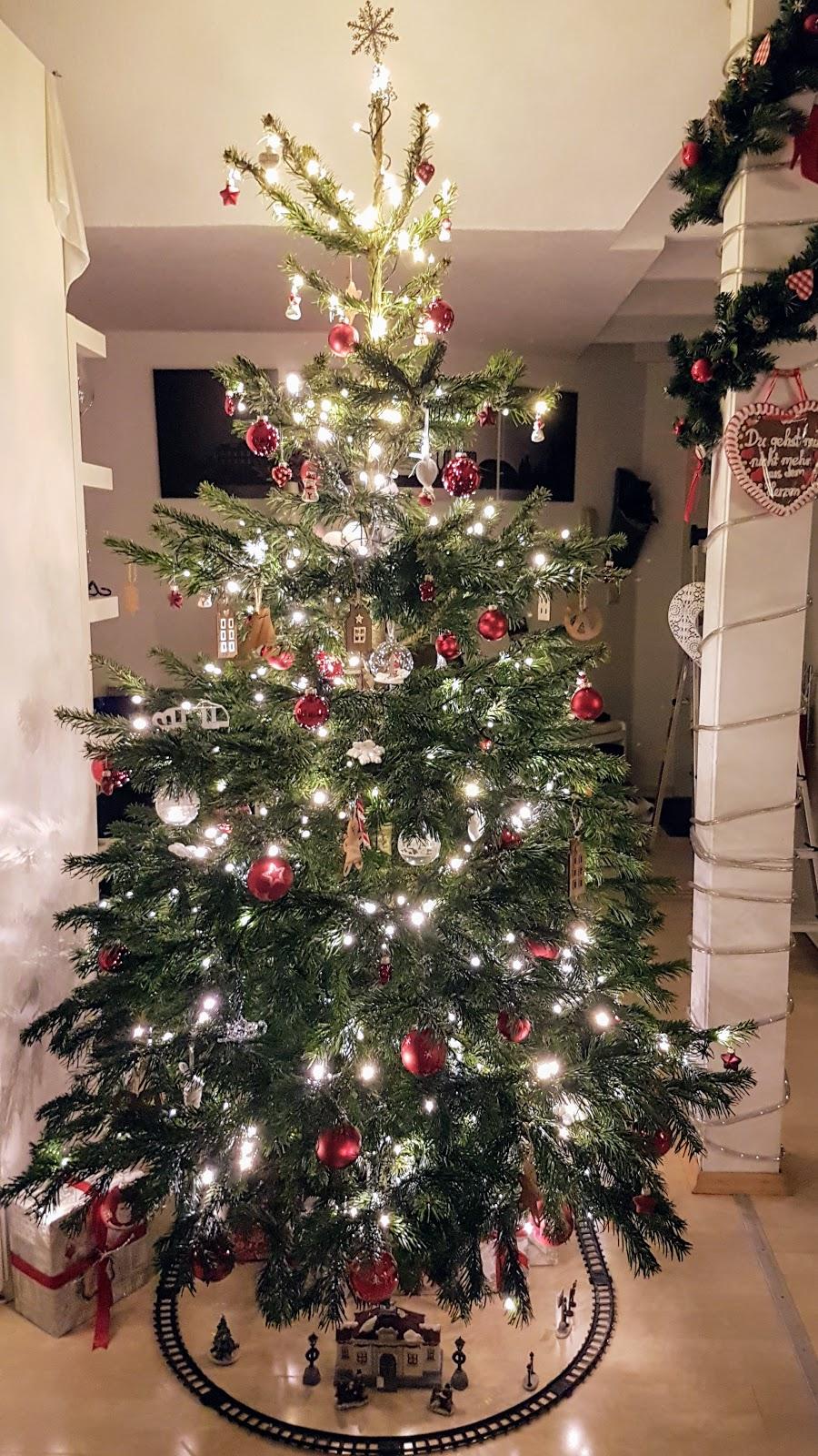 geschmueckter_Weihnachtsbaum